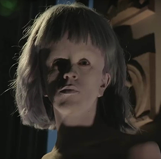 fashion show Kenzo prosthetic 1